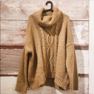 knit sweater w/ cowl neck // Larry Levine